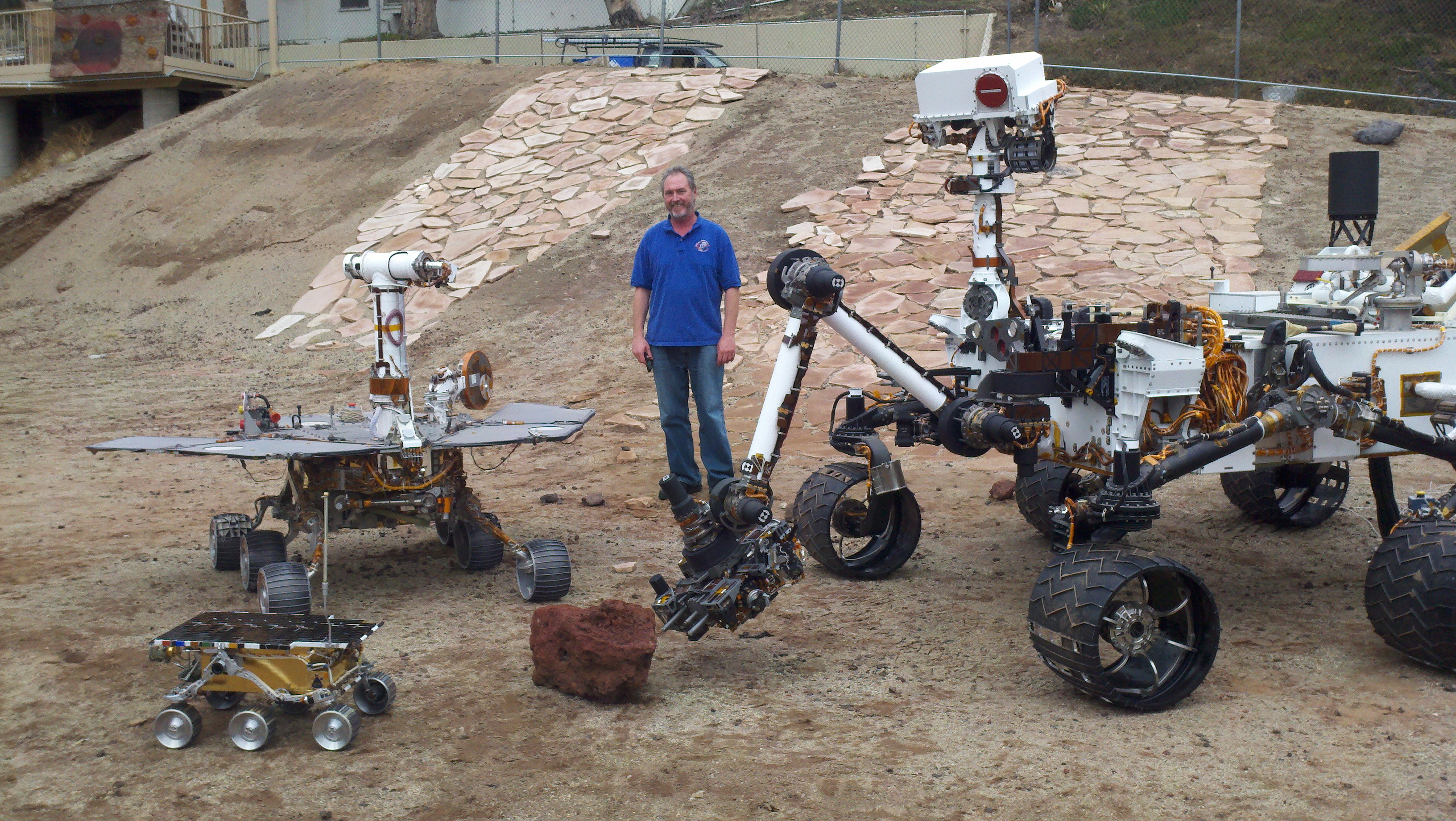 I don't know why I thought the Curiosity rover was a small ...