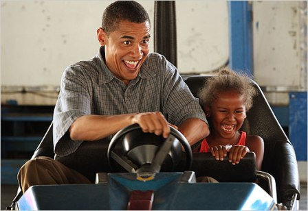barack-obama-detroit-test-driving - from igocars.org